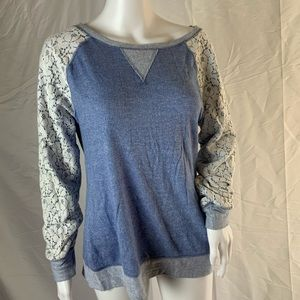 Philosophy blue sweatshirt with lace sleeves